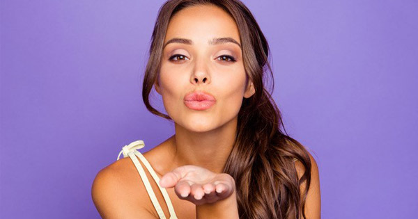 5 Lip Tips to Treat Chapped Lips | Blog | Simply WHIM